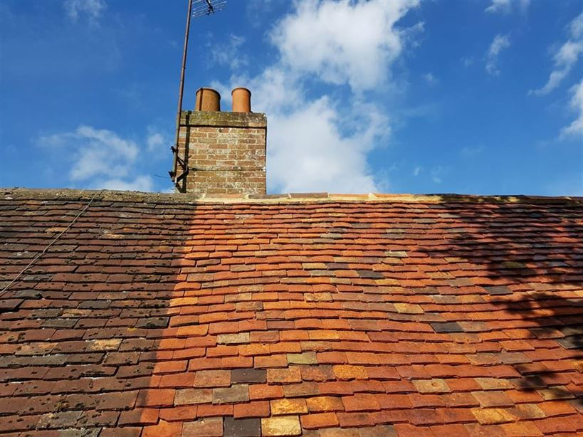 roof cleaning moss removal canterbury